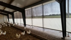MTC: Munters Topfixed Curtain - Poultry
